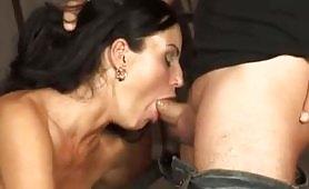 Lotta Clandestina - seconda parte del film porno completo